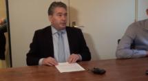 BGZ belegt een persconferentie waarin Albert Coster meldt op te stappen als wethouder